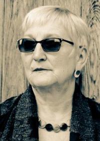 Elizabeth Dulcie